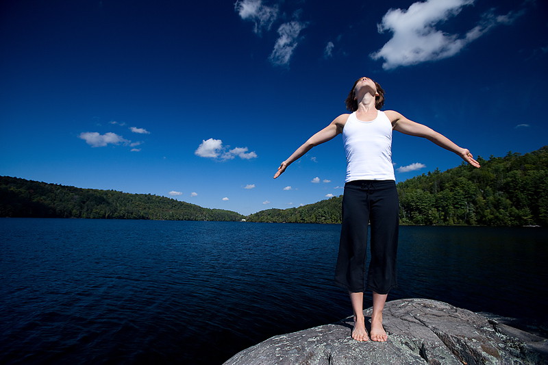 woman-lake-open-arms45384656